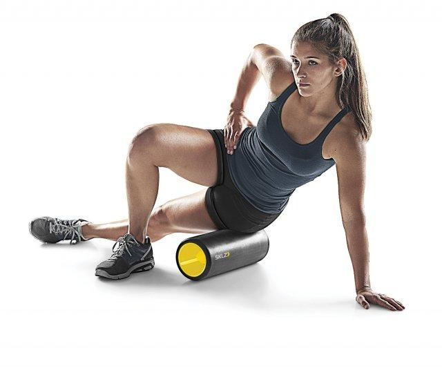 Masaż i trening w jednym – ćwiczenia z użyciem rolling foam