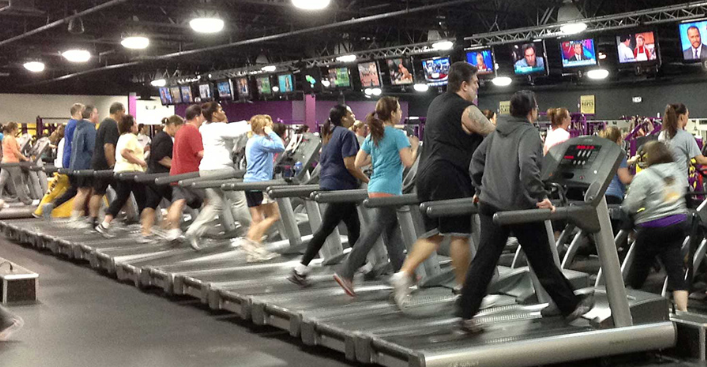 5 sposobów na efektywny trening w zatłoczonej siłowni
